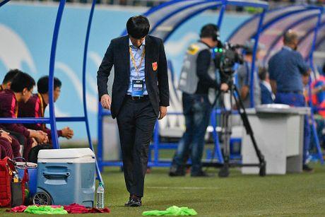 'Nhin Trung Quoc, den Mourinho cung chao thua' - Anh 1