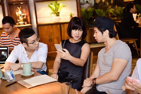 Diem mat nhung nhan vat dung sau show thoi trang hoanh trang cua Chung Thanh Phong - Anh 5