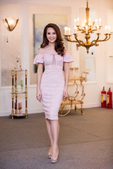 A hau Thuy Van chon vay 'ho bao' - Anh 6