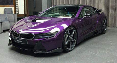 Man nhan voi BMW i8 mau tim doc la mang ten 'Chang Vang' - Anh 1