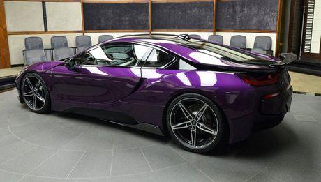 Man nhan voi BMW i8 mau tim doc la mang ten 'Chang Vang' - Anh 5