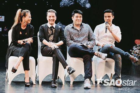 Su khac biet trong show tien ty cua Viet Huong va Dam Vinh Hung - Anh 1