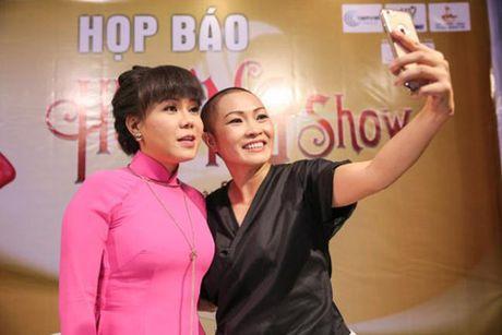 Su khac biet trong show tien ty cua Viet Huong va Dam Vinh Hung - Anh 6
