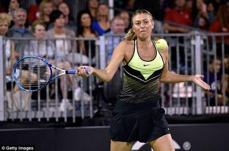Bup be Nga Sharapova 'tha dang' tren san tennis gay quy tu thien - Anh 1