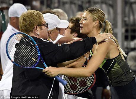 Bup be Nga Sharapova 'tha dang' tren san tennis gay quy tu thien - Anh 2
