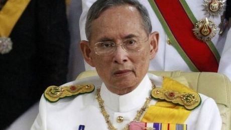 Nha Vua Thai Lan Bhumipol Adulyadej qua doi o tuoi 88 - Anh 1