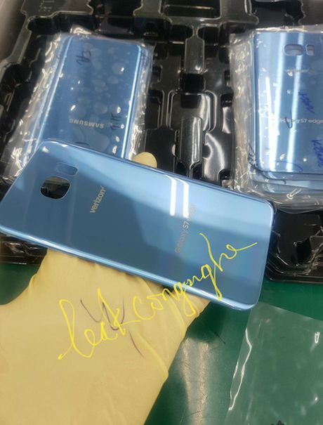 Galaxy S7 Edge mau xanh san ho thay the Note 7 - Anh 1