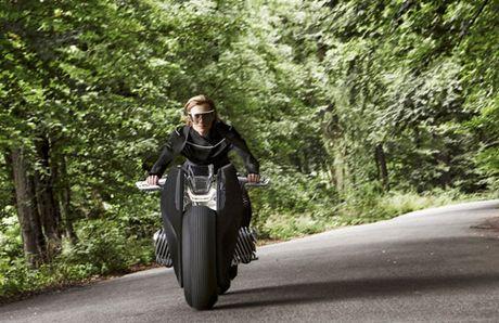 'Choang' voi BMW Motorrad Vision Next 100 tu dieu khien - Anh 3