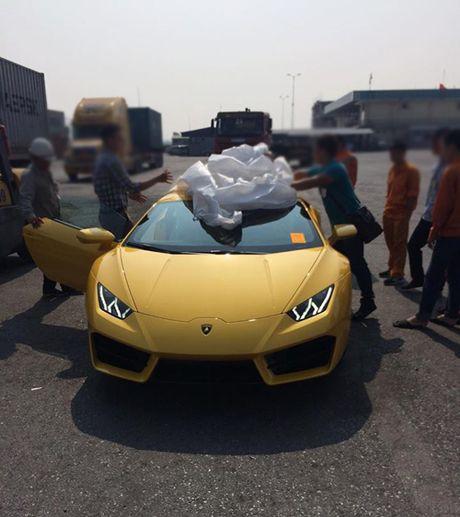 HOT: Lamborghini 'gia re' Huracan LP580-2 thu 2 ve Viet Nam - Anh 5