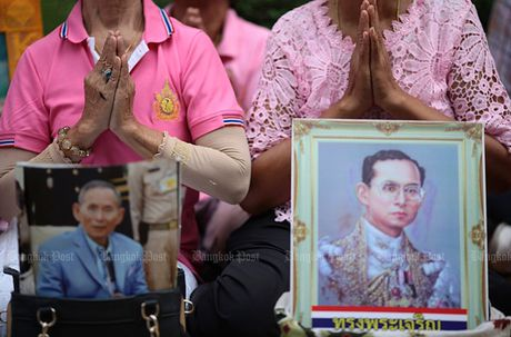 Hang nghin dan do ve Bangkok cau nguyen cho vua Thai Lan - Anh 4