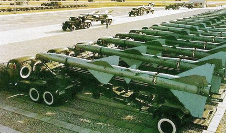 Ngac nhien: Trung Quoc van con dung ten lua phong khong SA-2 - Anh 7