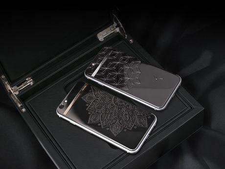 Chiec iPhone 7 tuyet dep gia 5.900 USD huong toi nu doanh nhan - Anh 1