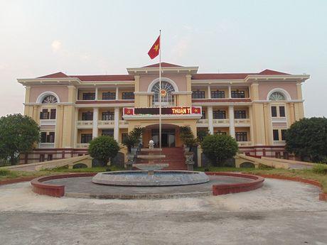 UBND Huyen Thuan Thanh - Bac Ninh: Phat trien kinh te xa hoi theo huong tich cuc, ben vung - Anh 1