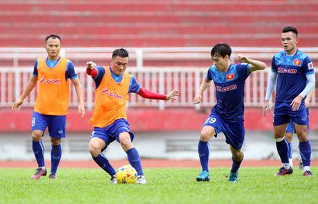 Nguyen nhan 'Ronaldo Viet' chua da tran nao cho tuyen Viet Nam - Anh 2