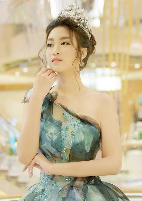 Hoa hau Do My Linh hoa cong chua tai Dai Loan - Anh 4