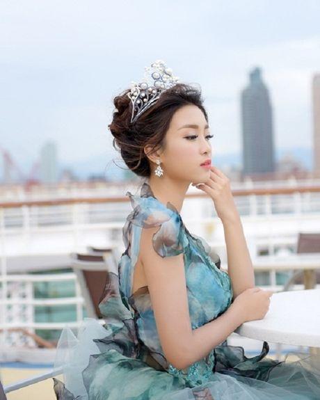 Hoa hau Do My Linh hoa cong chua tai Dai Loan - Anh 7