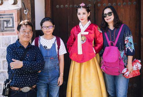 Chi Pu dien hanbok qua xinh dep so voi cac co gai Han Quoc - Anh 10