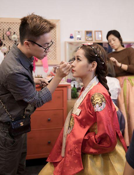 Chi Pu dien hanbok qua xinh dep so voi cac co gai Han Quoc - Anh 2