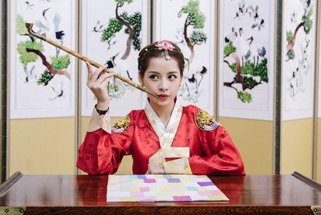 Chi Pu dien hanbok qua xinh dep so voi cac co gai Han Quoc - Anh 8