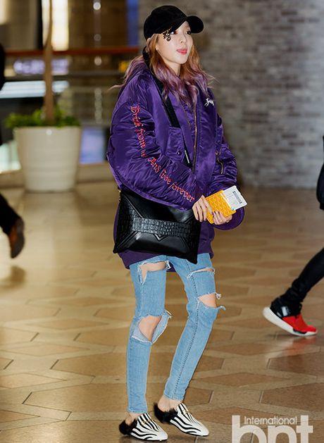 Jessica sang chanh, EXO chon do ruc ro khi ra san bay - Anh 10
