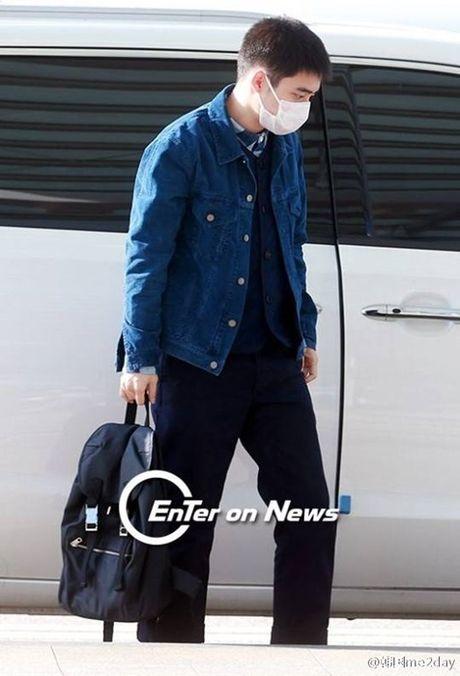 Jessica sang chanh, EXO chon do ruc ro khi ra san bay - Anh 7