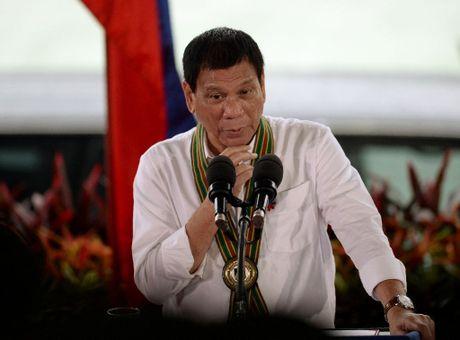 Ong Duterte nhan loi tham Trung Quoc, che My kieu ngao - Anh 1