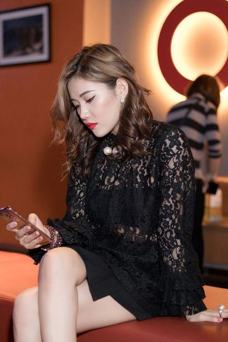 Tien Dat phu nhan hen ho, Milan Pham di xem phim mot minh - Anh 5