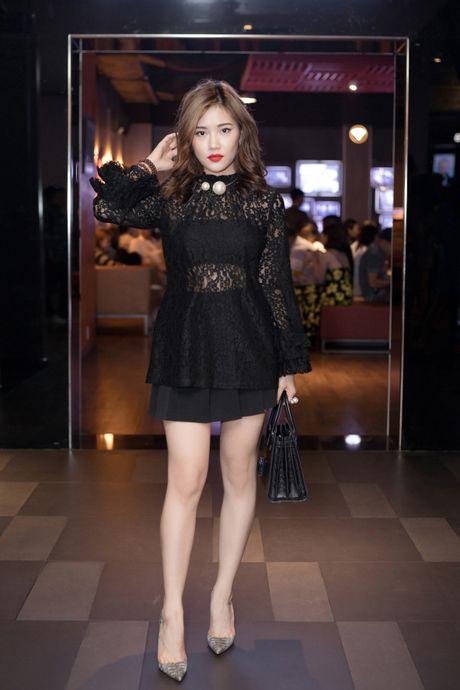 Tien Dat phu nhan hen ho, Milan Pham di xem phim mot minh - Anh 6