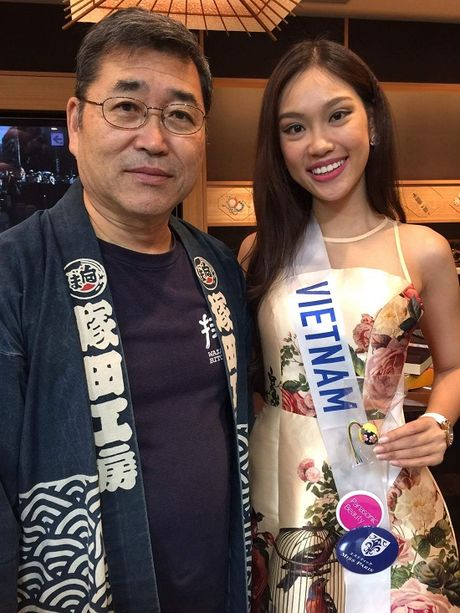Phuong Linh tu tin do sac ben dan thi sinh Hoa hau Quoc te 2016 - Anh 2