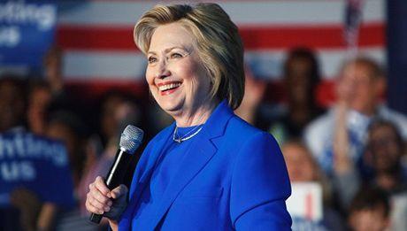 Tim thay bang chung ba Hillary Clinton ca ngoi Tong thong Putin - Anh 1