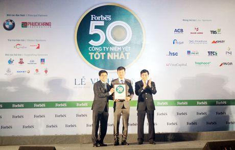 PVFCCo nhan giai 'Top 50 cong ty niem yet tot nhat Viet Nam' - Anh 1