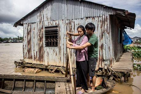 Le Phuong: Tu co gai bat hanh tren man anh den con duong tinh lam truan chuyen - Anh 3