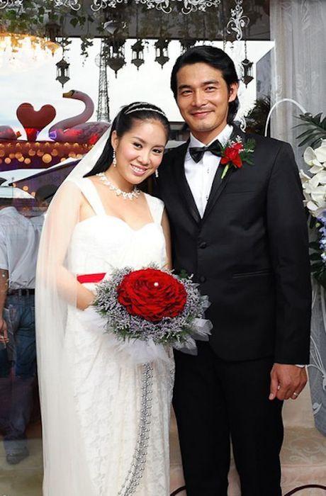 Le Phuong: Tu co gai bat hanh tren man anh den con duong tinh lam truan chuyen - Anh 7