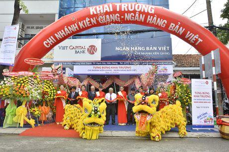 Viet Capital Bank khai truong Chi nhanh Kien Giang - Anh 1