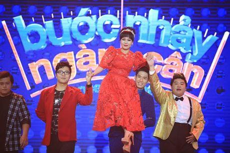 'Buoc nhay ngan can': Viet Huong bo giay thi pham disco cho thi sinh - Anh 5