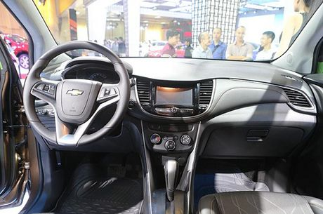 Chevrolet Trax 2017 gia 769 trieu dong - Anh 10