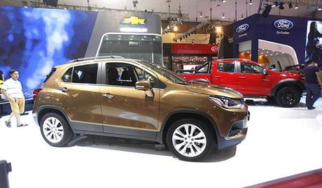 Chevrolet Trax 2017 gia 769 trieu dong - Anh 3