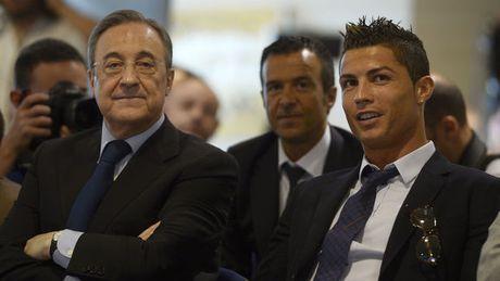 He lo hop dong moi giua Real va sieu sao Ronaldo - Anh 1
