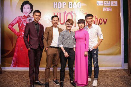 Danh hai Viet Huong lam liveshow o san van dong mien phi cho sinh vien - Anh 4