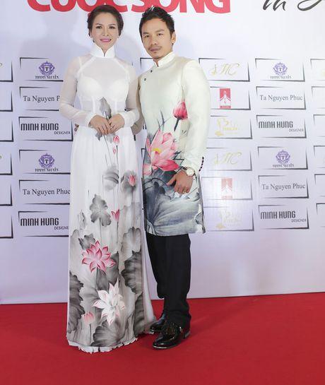 Hoa hau Thanh Thuy khien 'dan em' phat hon vi vong eo hoan hao - Anh 4