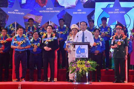 Chu tich nuoc: Can loi cuon thanh nien voi tinh than 'Trung thuc, trach nhiem, nghi luc, cong hien' - Anh 1