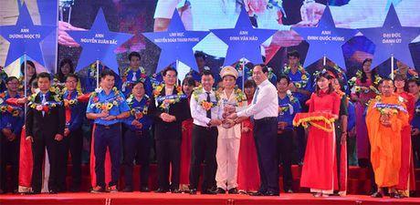Chu tich nuoc: Can loi cuon thanh nien voi tinh than 'Trung thuc, trach nhiem, nghi luc, cong hien' - Anh 2