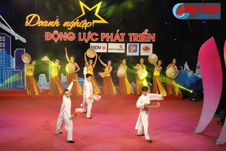 Giao luu nghe thuat 'Doanh nghiep – dong luc phat trien' - Anh 7