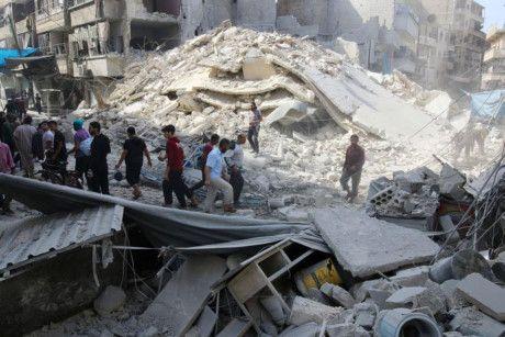 Khong kich du doi o Aleppo cua Syria, hang chuc nguoi thiet mang - Anh 1