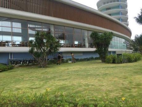 FLC Quy Nhon: Hai long du khach va nguoi lao dong - Anh 4
