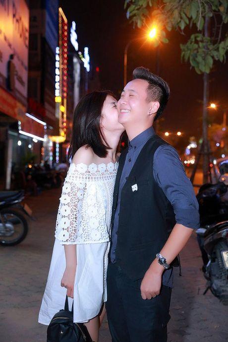 JustaTee hanh phuc khi luc nao cung co ban gai Tram Anh ben canh - Anh 5