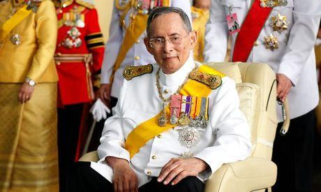 Quoc vuong Thai Lan Bhumibol Adulyadej qua doi - Anh 1