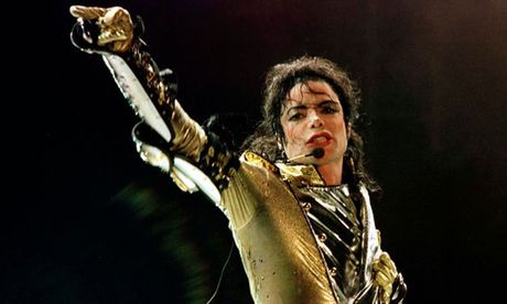 Michael Jackson dan dau cac ngoi sao qua co kiem tien nhieu nhat - Anh 1