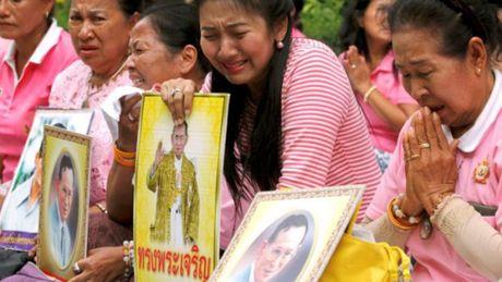 Quoc vuong Thai Lan Bhumibol Adulyadej tu tran - Anh 1