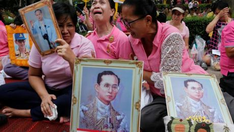 Quoc vuong Thai Lan Bhumibol Adulyadej tu tran - Anh 2